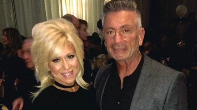 "Larry Caputo y Theresa Caputo en ""Long Island Medium"""