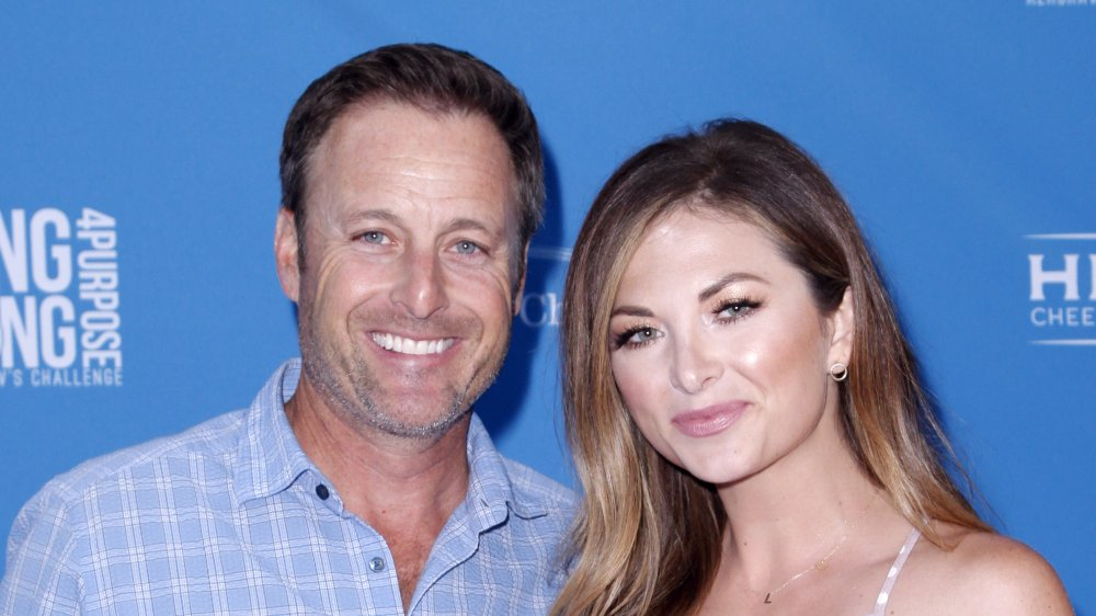 Chris Harrison y su novia Lauren Zima