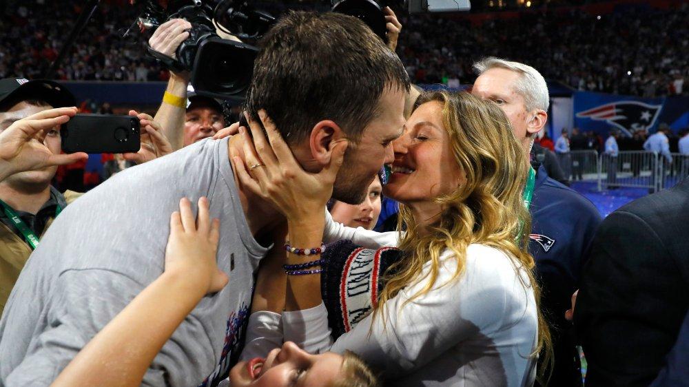 Tom brady y esposa gisele buchen