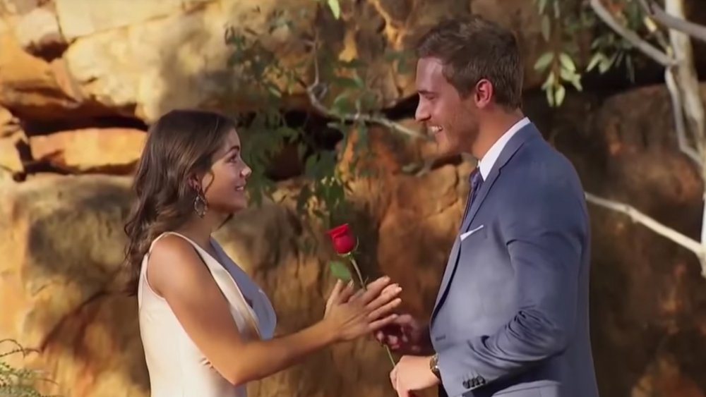Hannah Ann Sluss y Peter Weber en el final de The Bachelor
