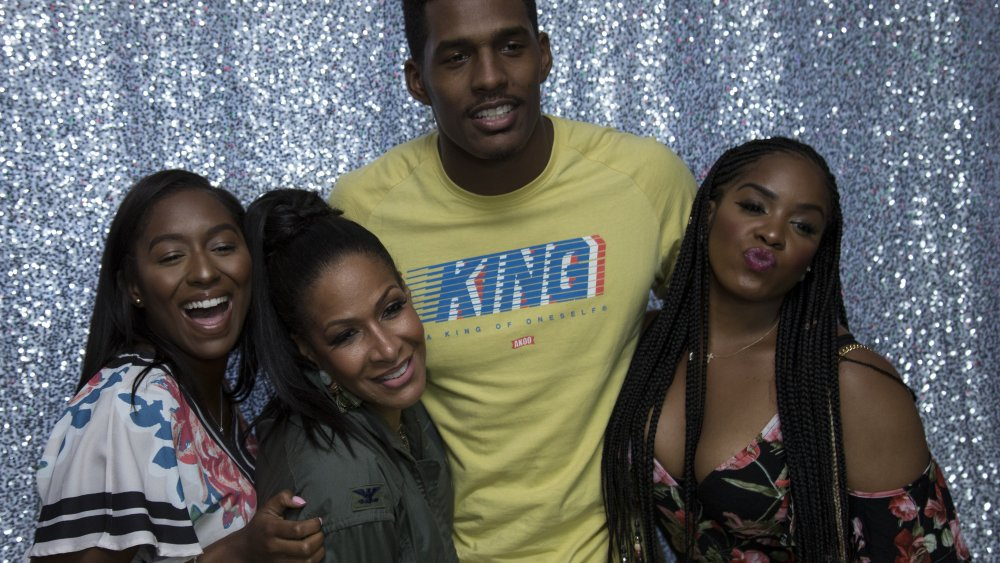 Kaleigh Whitfield, Sheree Whitfield, Kairo Whitfield y Tierra Fuller en Cupcakes with Sheree