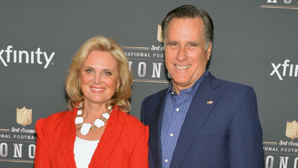 Ann Romney y Mitt Romney en la 3ra Honores anuales de la NFL