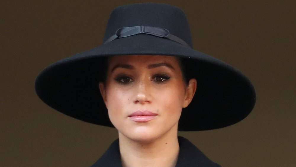 Meghan, duquesa de Sussex asiste al memorial anual del Domingo del Recuerdo en el Cenotafio