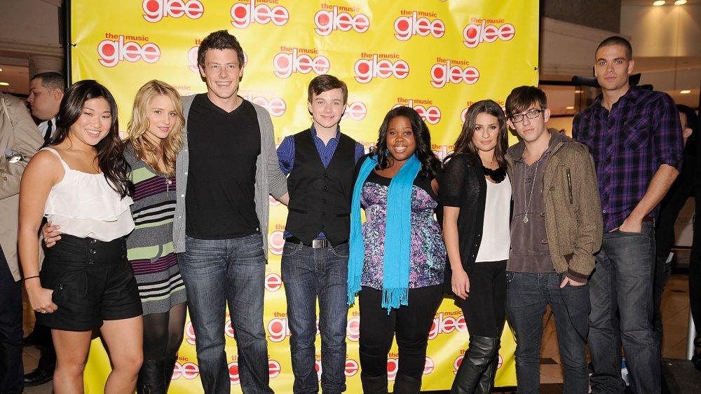 Jenna Ushkowitz, Dianna Agron, Cory Monteith, Chris Colfer, Amber Riley, Lea Michele, Kevin McHale. Mark Salling