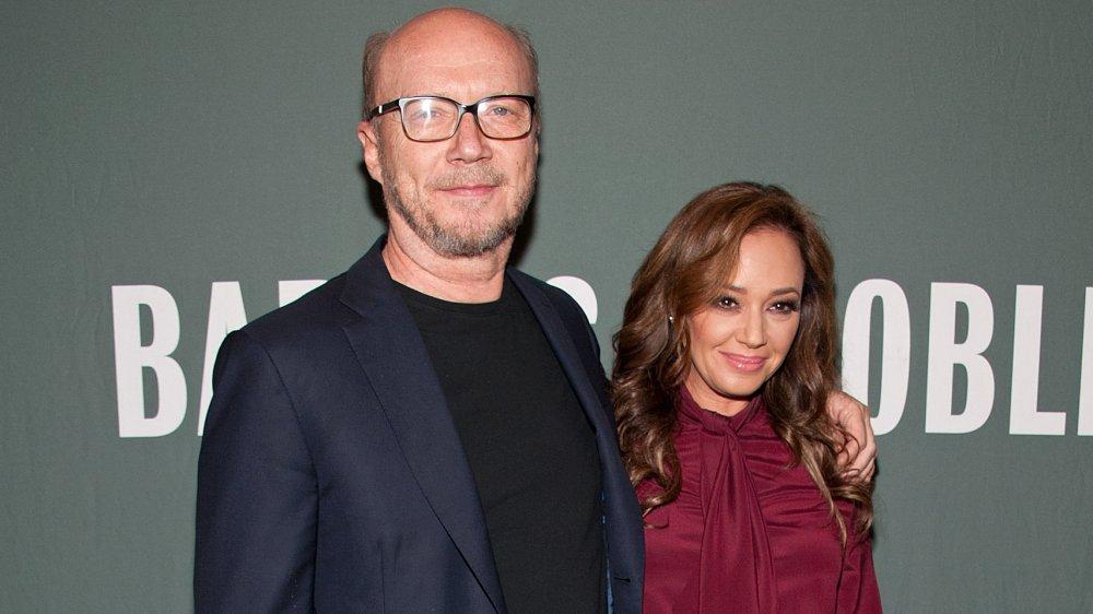 Paul Haggis y Leah Remini promocionando su libro Troublemaker: Surviving Hollywood and Scientology