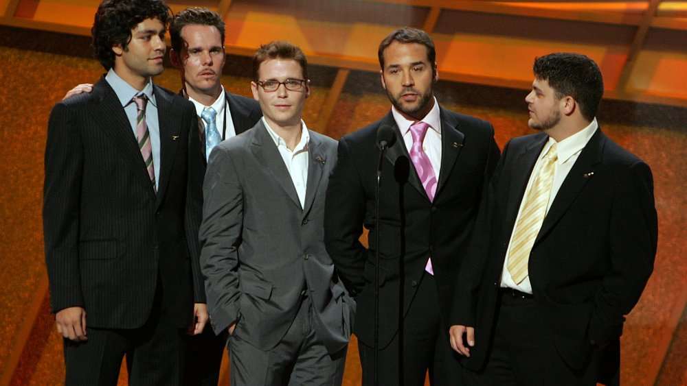 The cast of Entourage onstage at an award show