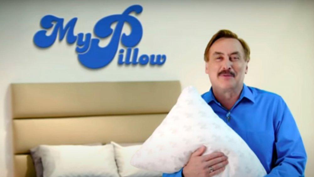 Mike Lindell aparece en un comercial de My Pillow