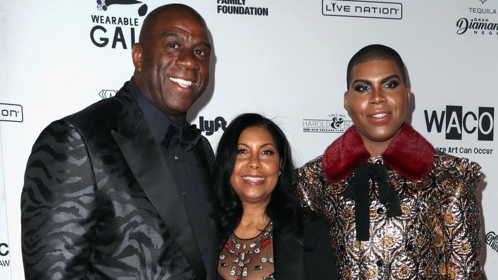 Magic, Cookie y EJ Johnson en la alfombra roja