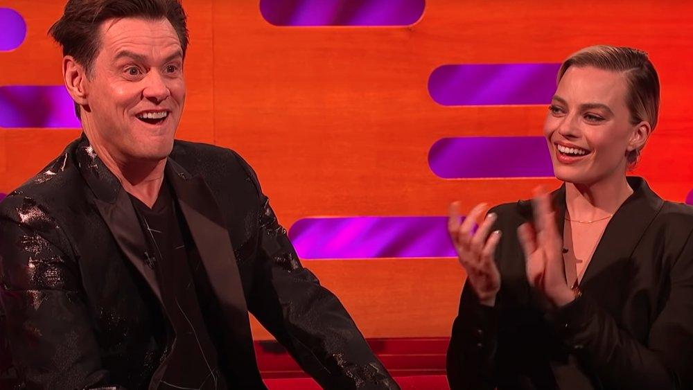 Jim Carrey y Margot Robbie en un episodio de The Graham Norton Show