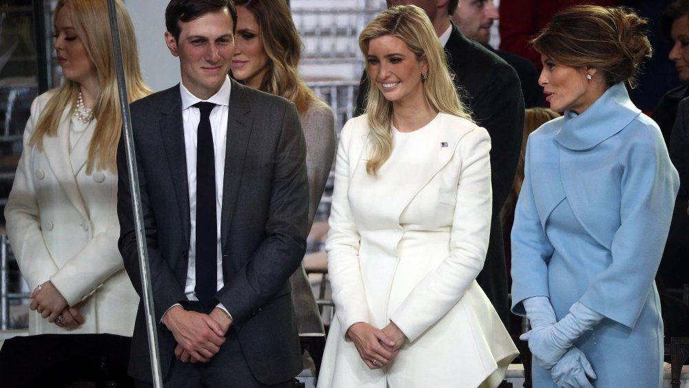Tiffany Trump, Jared Kushner, Ivanka Trump y Melania Trump en la inauguración de Donald Trump