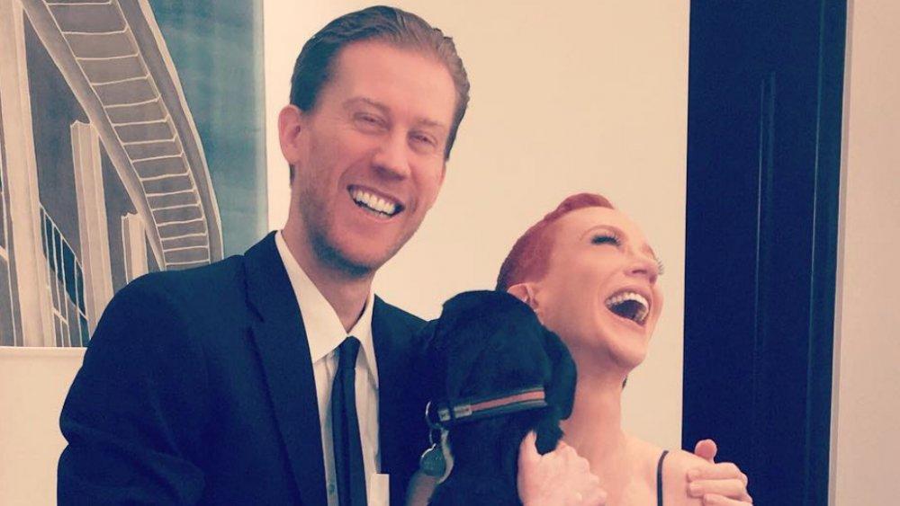 Randy Bick y Kathy Griffin se ríen en un selfie