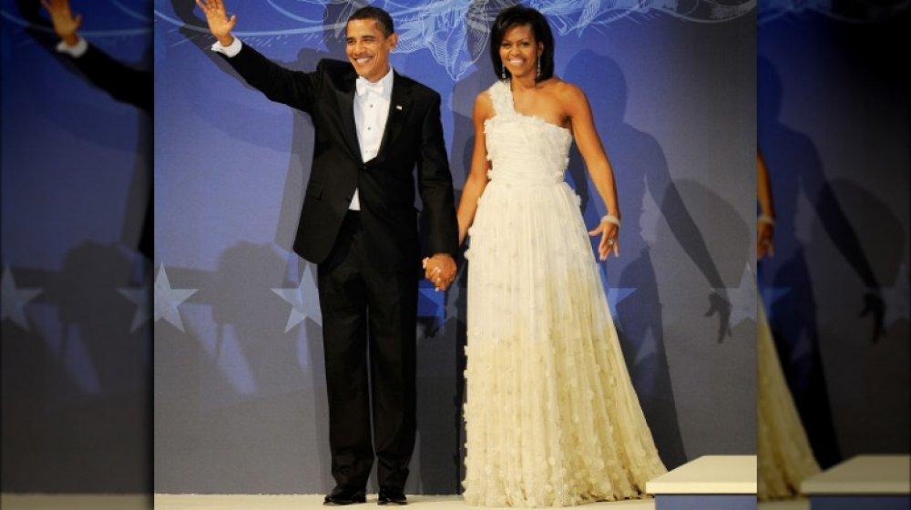 Barack Obama y Michelle Obama en el baile inaugural de Barack en enero de 2009