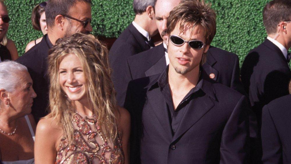 Jennifer Aniston y Brad Pitt debutan en pareja en los Premios Emmy de 1999