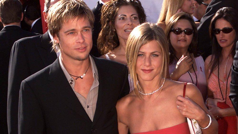 Brad Pitt y Jennifer Aniston en los Premios Emmy 2000