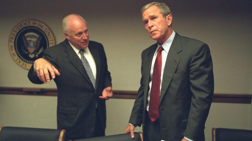George W. Bush y Dick Cheney en 2001