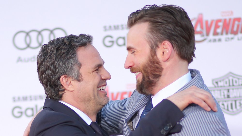 Mark Ruffalo y Chris Evans