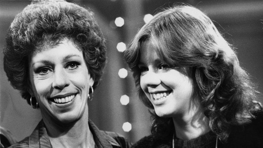 Carol Burnett y Carrie Hamilton en Dinah and Friends grabando en 1979
