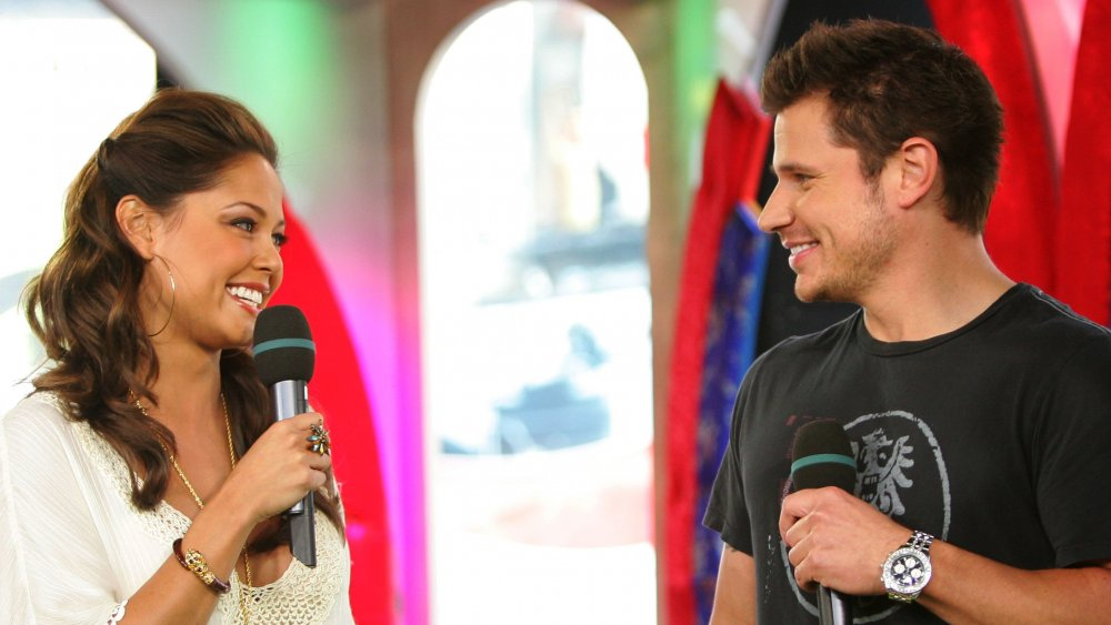 Vanessa Minnillo y Nick Lachey en Total Request Live de MTV en 2006