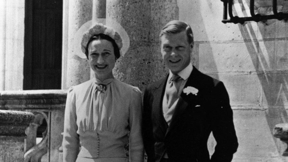 Wallis Simson y el duque de Windsor el día de su boda en 1937