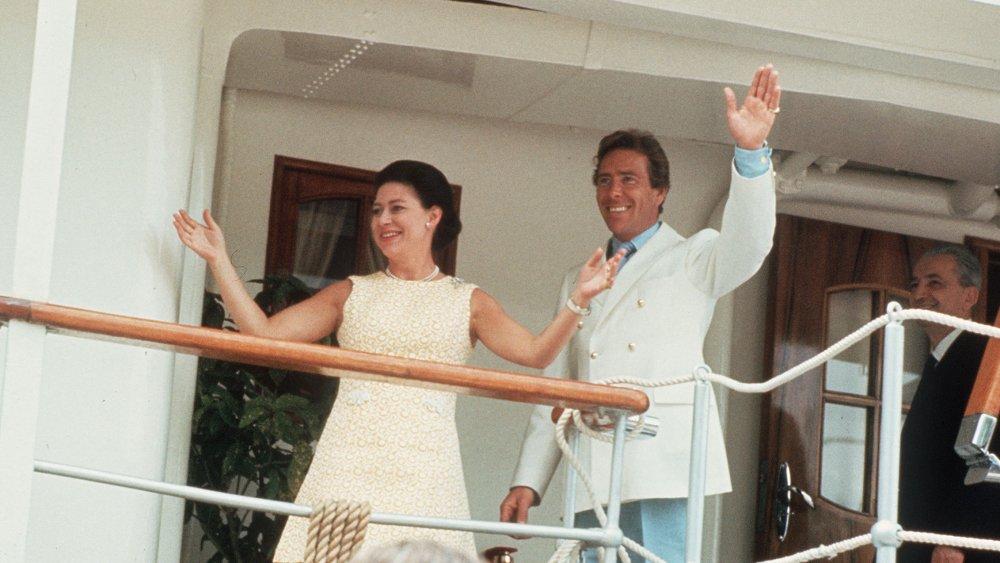 La princesa Margarita y Antony Armstrong-Jones en su crucero de luna de miel en 1960