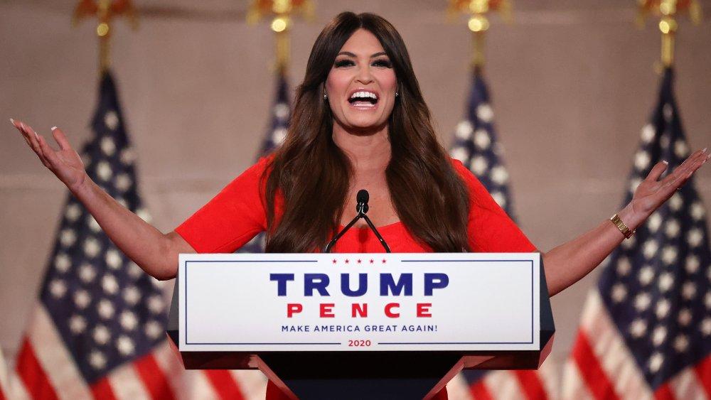 Kimberly Guilfoyle hablando en la Convención Nacional Republicana de 2020