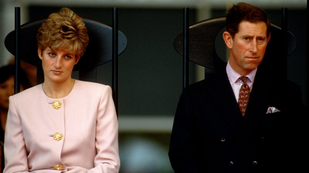 La princesa Diana y el príncipe Carlos en una ceremonia de bienvenida cívica en Nathan Phillips Square en 1991