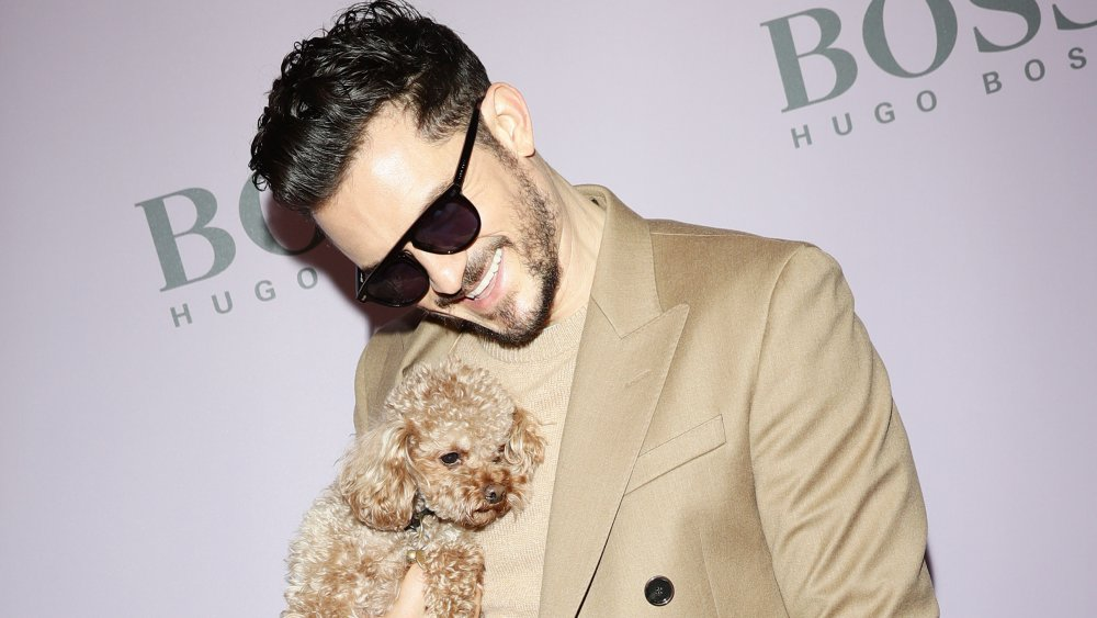 Orlando Bloom y Mighty en el desfile de moda Boss en 2020