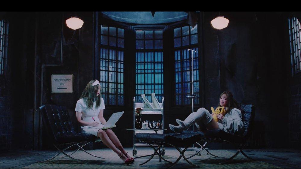 Jennie y Lisa de Blackpink