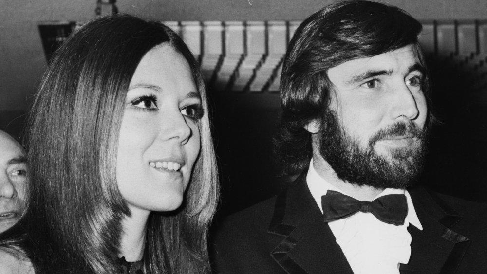 Diana Rigg y George Lazenby