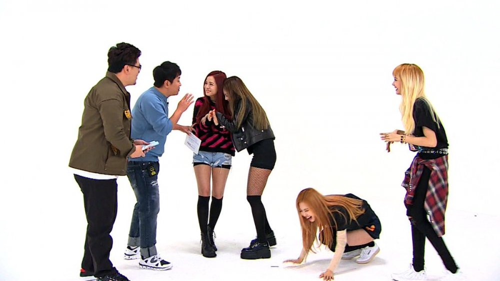 Blackpink se burla en el episodio 277 de Weekly Idol