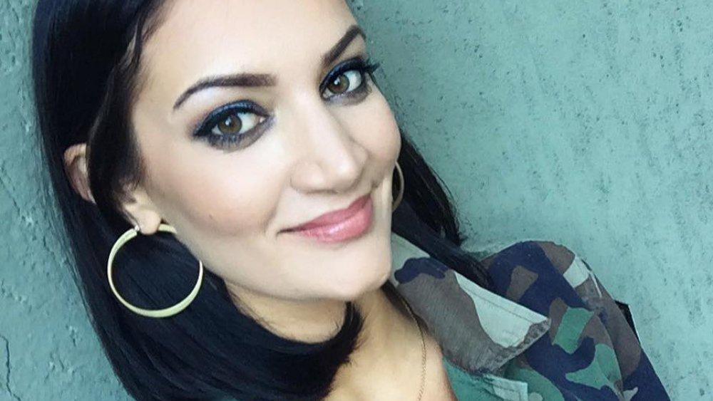 Sophie Brussaux se hace una selfie