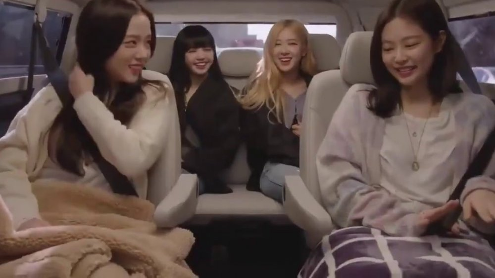 Jisoo, Lisa, Rose y Jenni en BLACKPINK: Light Up the Sky