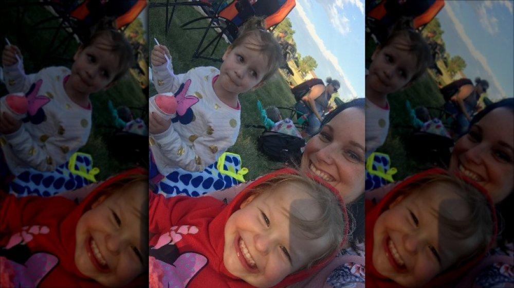 Selfie de Shanann Watts y sus hijas