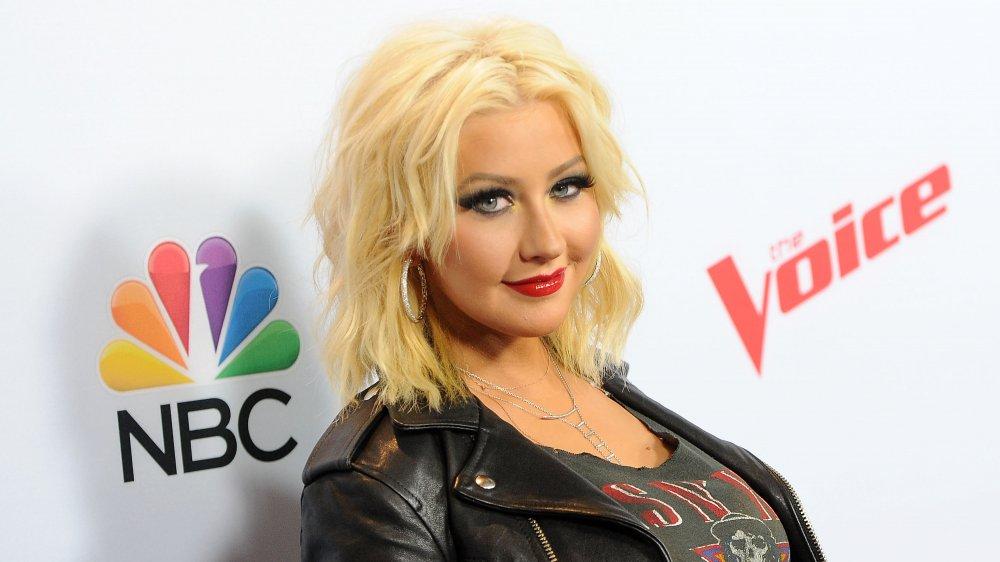"Christina Aguilera en la alfombra roja de la temporada 8 de ""The Voice"""