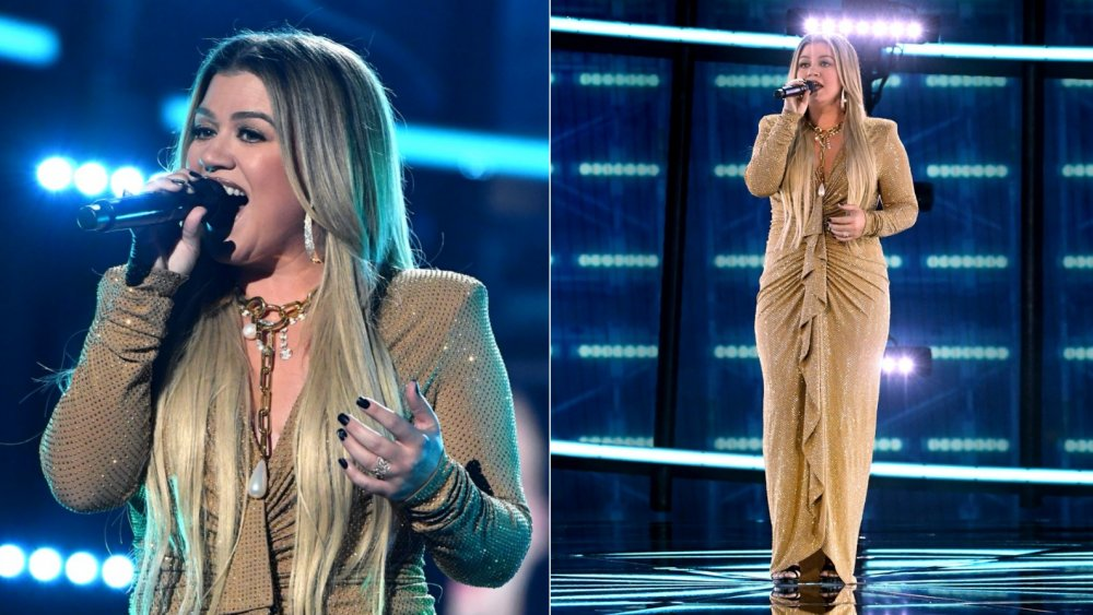 Kelly Clarkson actuando en los Billboard Music Awards 2020