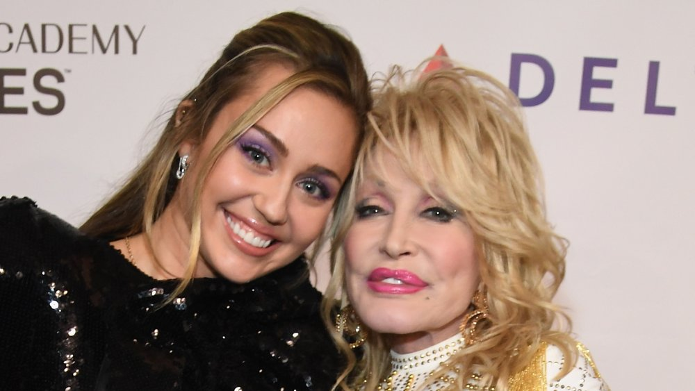 Miley Cyrus y Dolly Parton