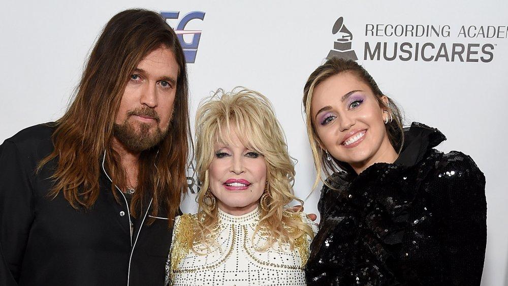 Billy Ray Cyrus, Dolly Parton y Miley Cyrus