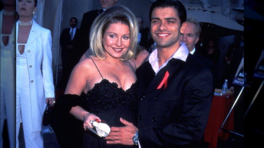 Kelly Ripa y Mark Consuelos en los premios Soap Opera Digest en 1997