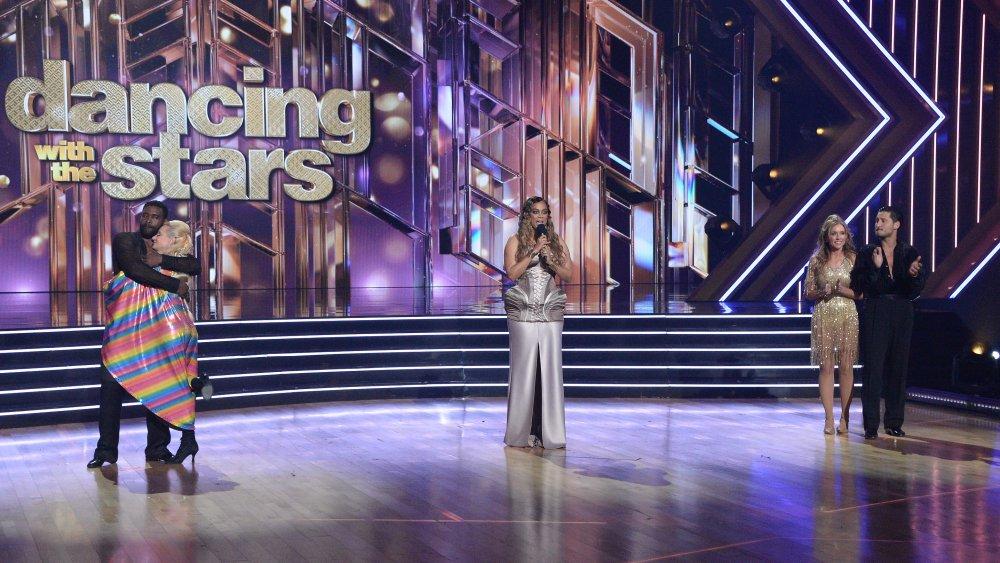 Keo Motsepe, Anne Heche, Tyra Banks, Monica Aldama y Val Chmerkovskiy sobre Dancing With the Stars