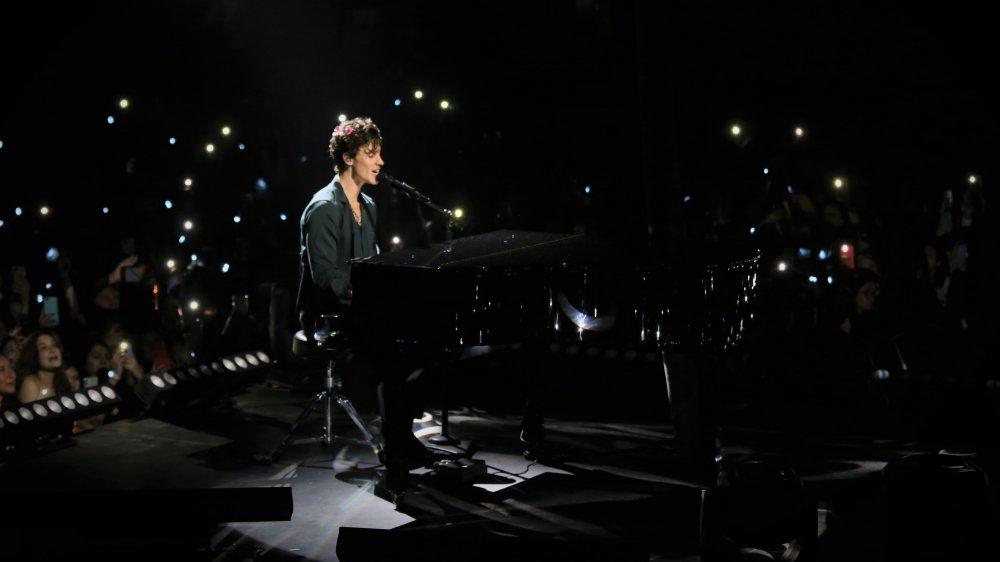 Shawn Mendes en el escenario de México