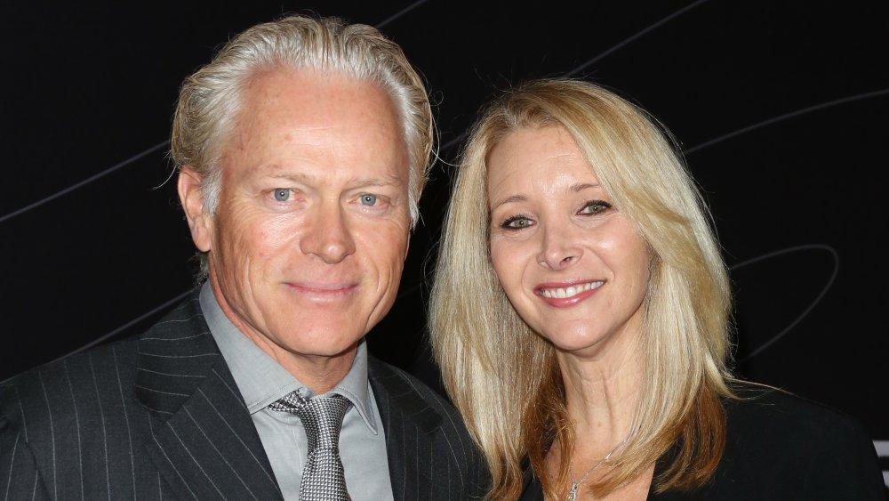 Michael Stern y Lisa Kudrow en la reapertura del Peterson Automotive Museum