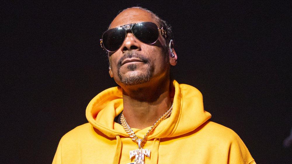 Snoop Dogg con gafas de sol