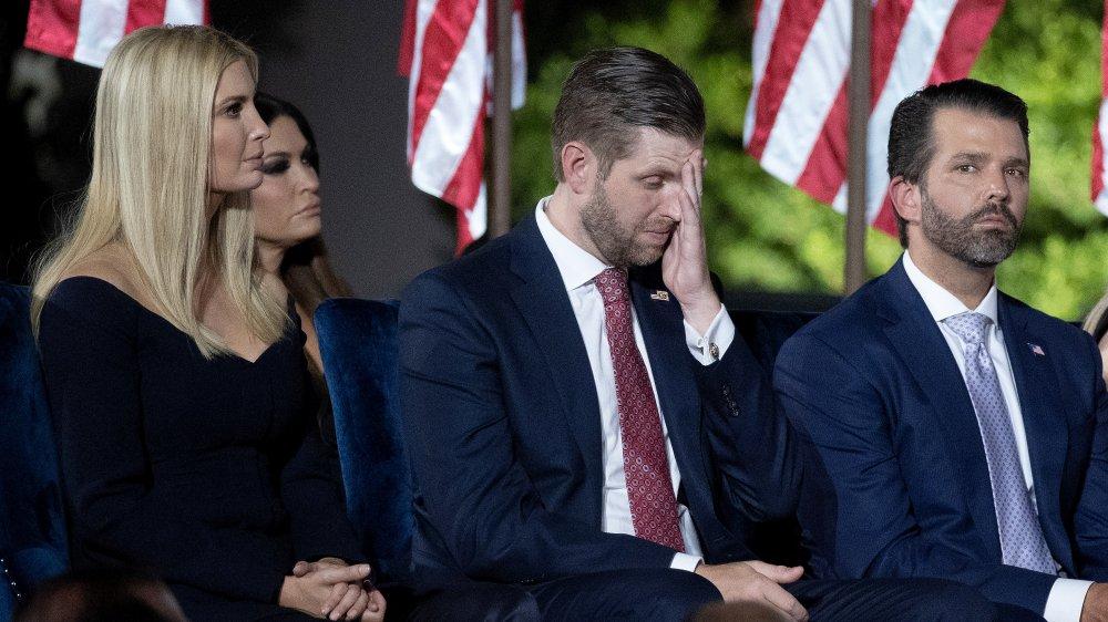 Ivanka Trump, Eric Trump y Donald Trump Jr. en el discurso de aceptación de Donald Trump para la nominación presidencial republicana en 2020