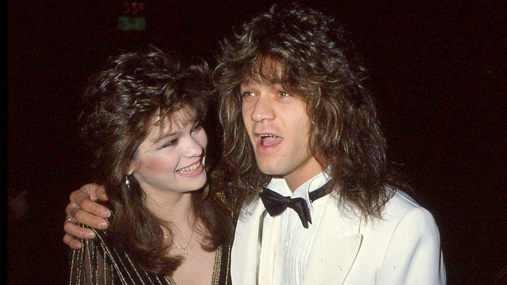 Valerie Bertinelli y Eddie Van Halen eran todo sonrisas en 1983