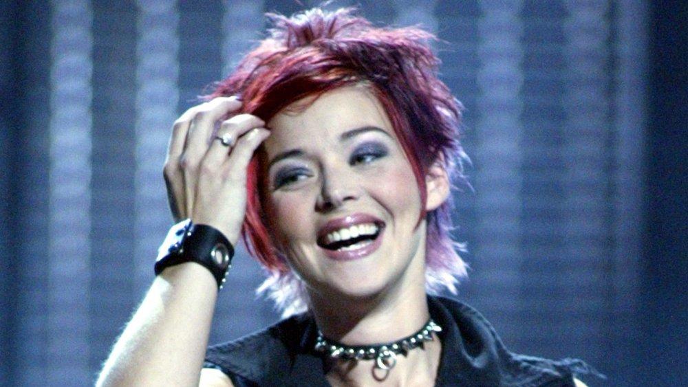 Nikki McKibbin sonriendo en American Idol
