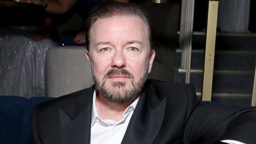 Ricky Gervais en el afterparty de los Globos de Oro