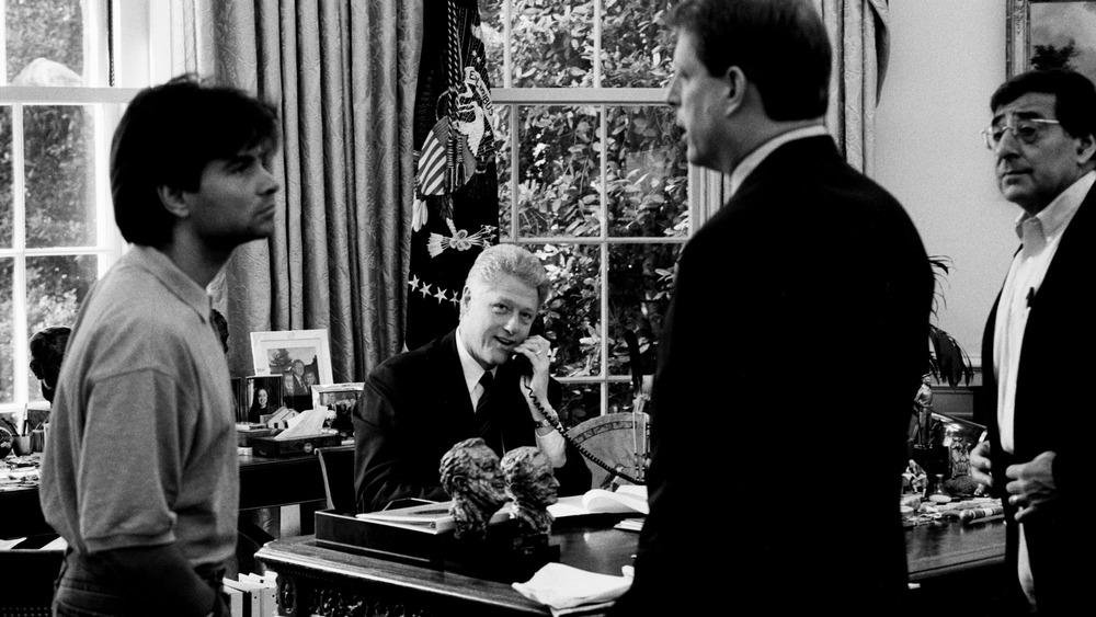 George Stephanopoulos, Bill Clinton, Al Gore y Leon Panetta en la Oficina Oval