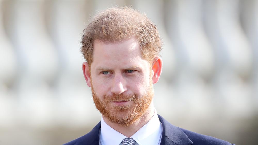 El príncipe Harry sonriendo