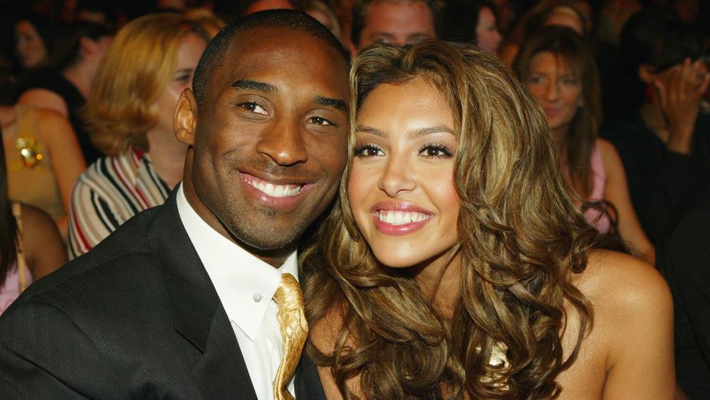 Vanessa Bryant y Kobe Bryant en una entrega de premios