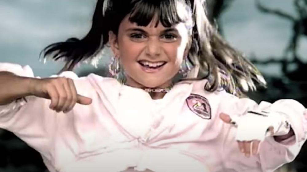 Alyson Stoner en el vídeo Work It de Missy Elliott
